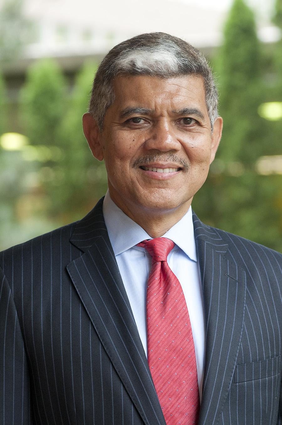 Dr. M. Roy Wilson